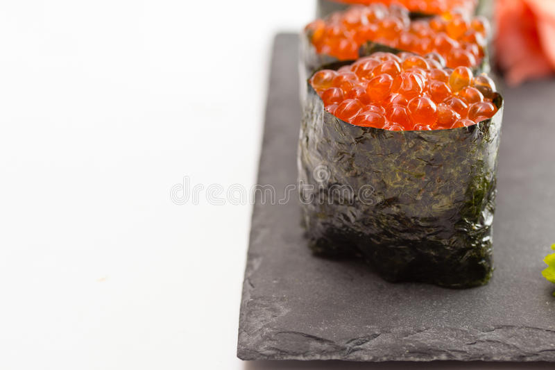 Maki do sushi de Gunkan fotografia de stock
