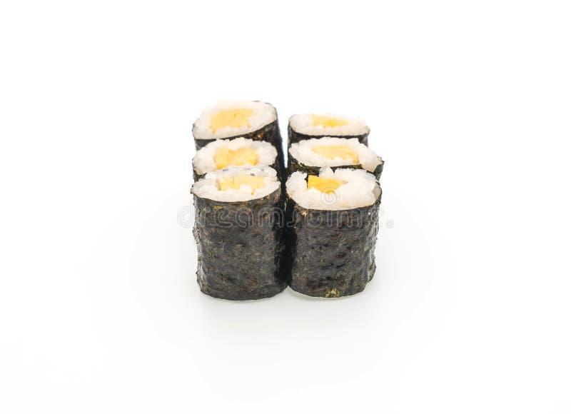 maki dulce del huevo (tamago) - estilo japonés de la comida fotos de archivo libres de regalías