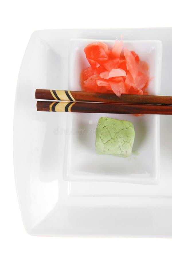 Maki Sushi - Kalifornien rulle med gurkan arkivbilder