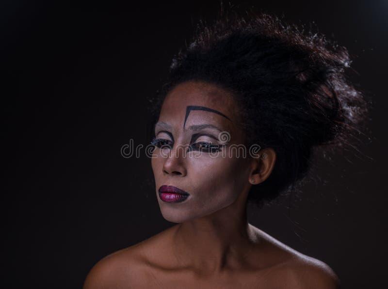 Makijaż afroamerykańska dziewczyna zdjęcia royalty free