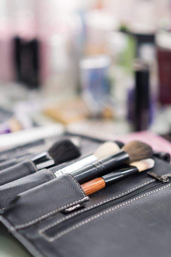 Makijażu stołowy clouseup Set muśnięcia zdjęcie stock