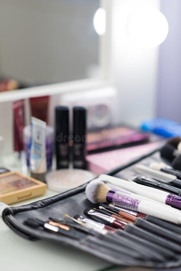 Makijażu stołowy clouseup Set muśnięcia fotografia royalty free