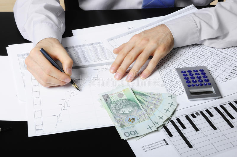 Download Making business analyse stock image. Image of employee - 24797381
