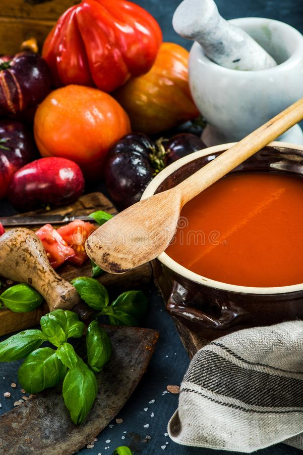 Making creamy and healthy gazpacho royalty free stock photos