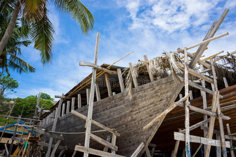 Making traditional phinisi ship from bulukumba sout sulawesi indonesia royalty free stock images