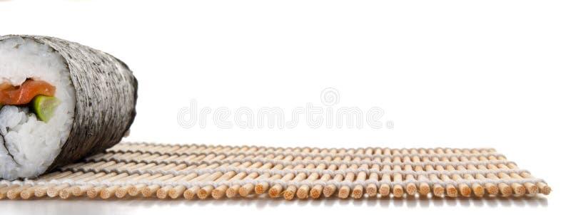 Makironde op een frontaal gezien mat stock afbeelding