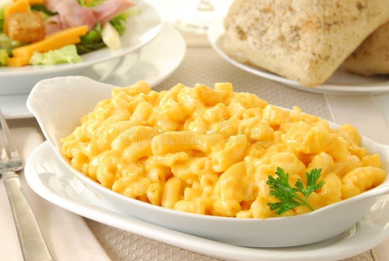 Makkaroni und Käse lizenzfreie stockfotografie