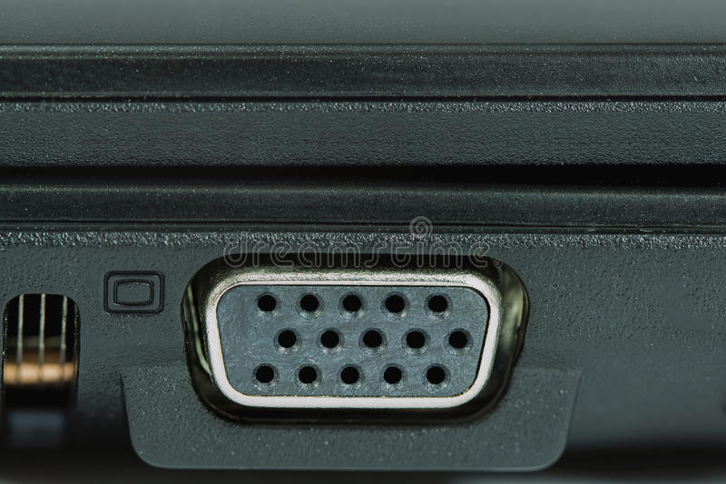 Makro av ett litet buckligt VGA kontaktdon arkivbild