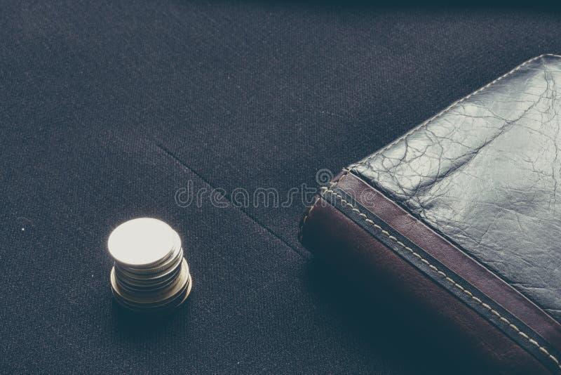 Makro- biznesowy portfel i monety obraz stock