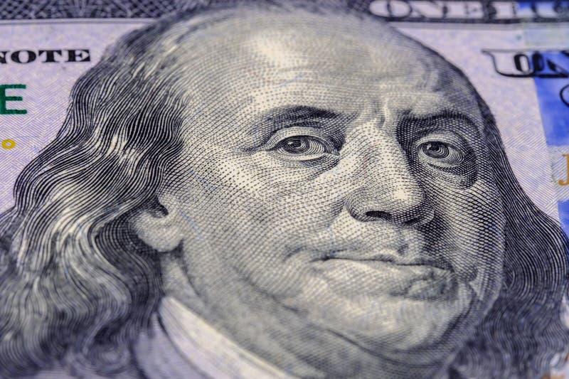 Makro- fotografia portret Benjamin Franklin na banknotu sto amerykańskich dolarach Zamyka w g?r? widok zdjęcie stock