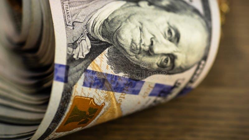 Makro- strzał 100 dolarów Dolary zbliżenia pojęcia Amerykańscy dolary Gotówkowego pieniądze samiec sto Benjamin Franklin ` s port zdjęcie stock