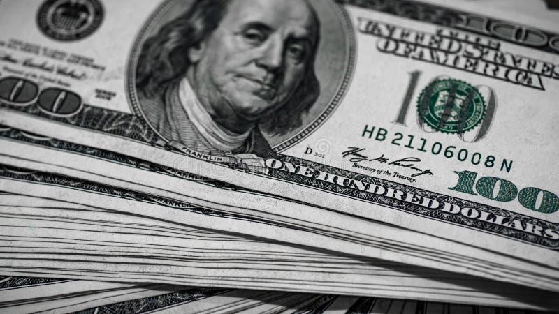 Makro- strzał 100 dolarów Dolary zbliżenia pojęcia Amerykańscy dolary Gotówkowego pieniądze samiec sto Benjamin Franklin ` s port zdjęcia royalty free