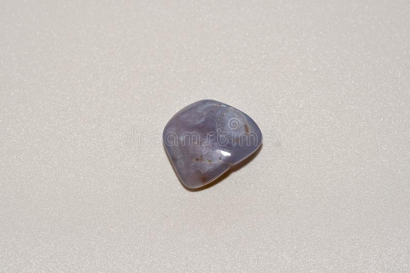 Makro- strzelanina naturalny gemstone Kopalny błękitny agat obraz royalty free