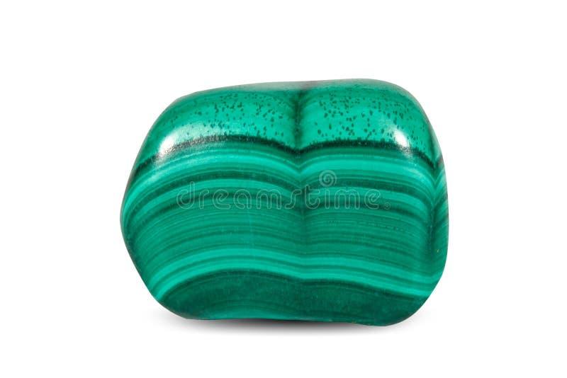 Makro- strzelanina naturalny gemstone Okrzesany zielony nefryt, chabet Kopalny klejnotu kamień Na białym tle zdjęcia royalty free