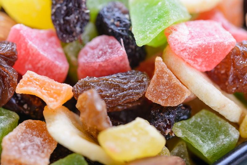 Makro von verschiedenen bunten trockenen Früchten lizenzfreies stockbild