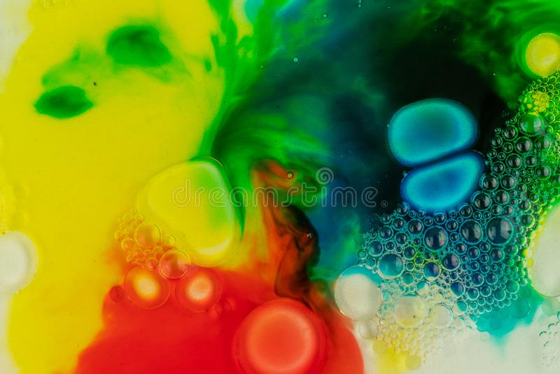 Makro- zakończenie w górę różnego kolor nafcianej farby mydła kolorowy akrylowy Sztuki współczesnej pojęcie Świetnie, kreatywnie fotografia royalty free