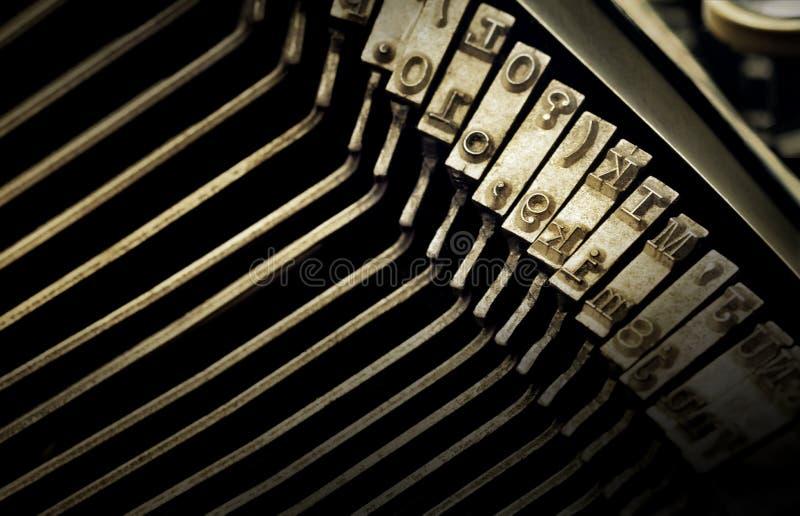 Makroansicht der Art Charaktere der Schreibmaschine stockfotografie