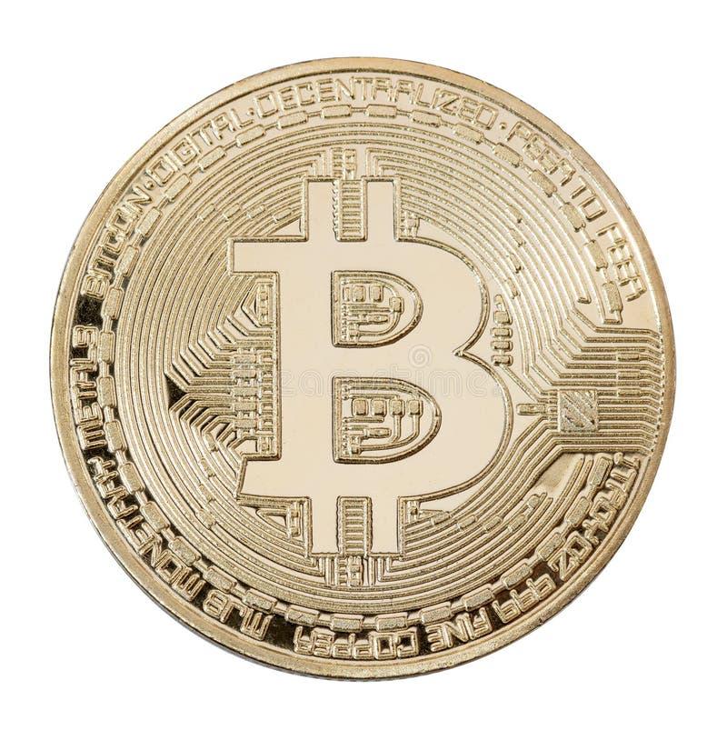 Makroansicht des glänzenden goldenen bitcoin lokalisiert auf Weiß lizenzfreie stockfotos