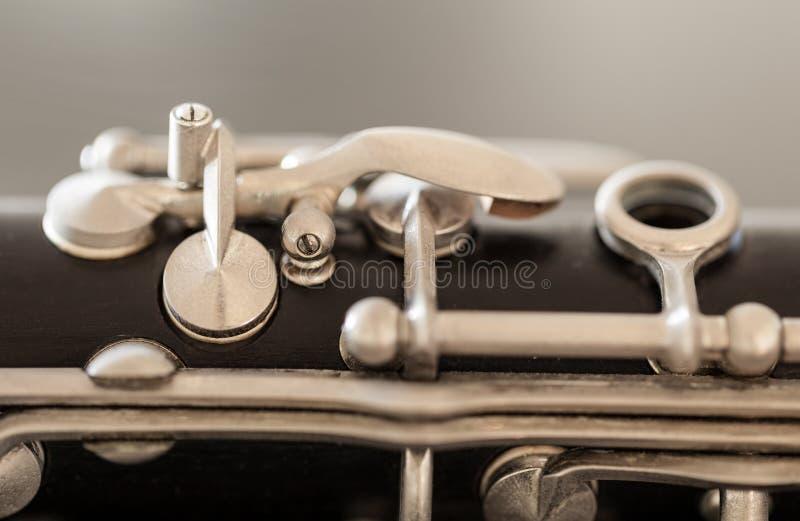 Makrobild von Tasten und Auflagen von Clarinet lizenzfreie stockfotografie