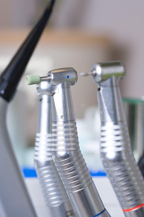 Makroen beskådar på tandläkaredrillborren royaltyfri bild