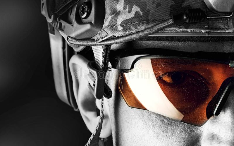 Makroporträt des hübschen Soldaten lizenzfreies stockbild