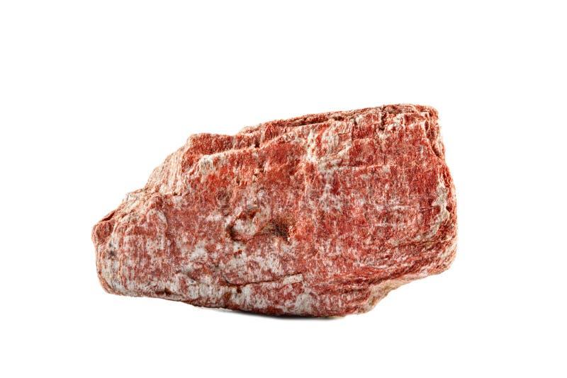 Makroschießen des natürlichen Edelsteins Das rohe Mineral ist Magnetit, Brasilien Gegenstand auf einem weißen Hintergrund stockfotografie