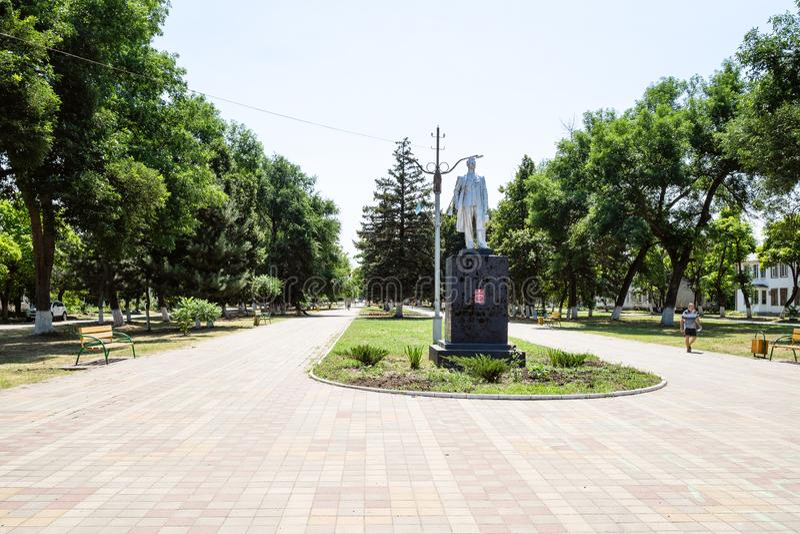 Maksymy Gorky statua na bulwarze w Akhtyrskiy obrazy stock