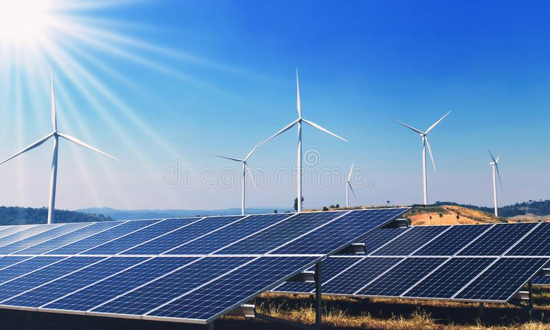 makt för ren energi för begrepp i natur panels sol- turbinwind arkivfoto