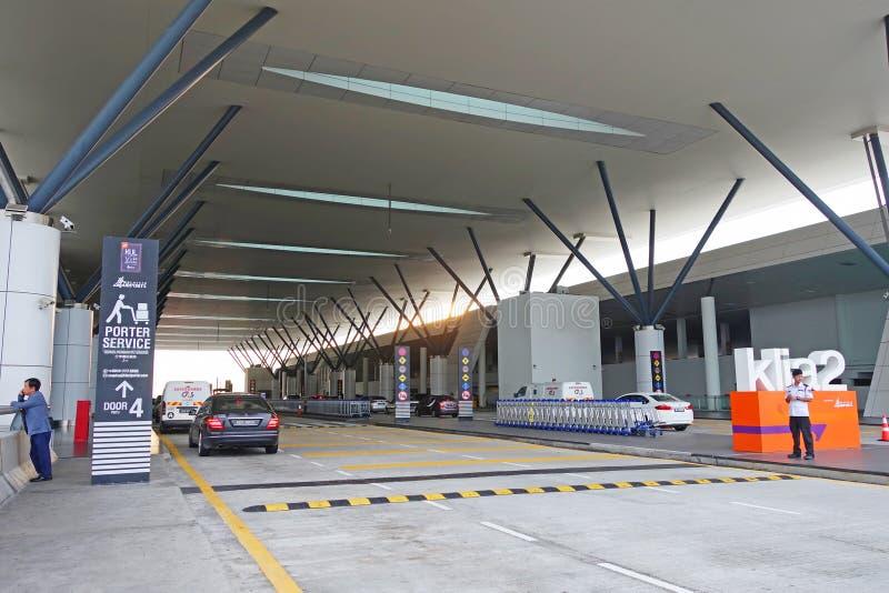 Malásia - Kuala Lumpur - 16 de novembro de 2018: Parte dianteira de KLIA2 ou aeroporto Kuala Lumpur International Airport KLIA de imagens de stock