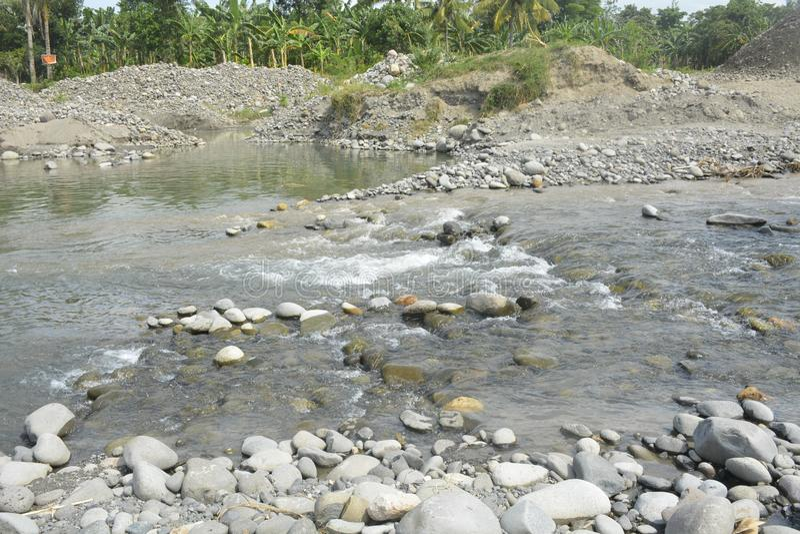 Mal河, Matanao,南达沃省,菲律宾河床  免版税图库摄影