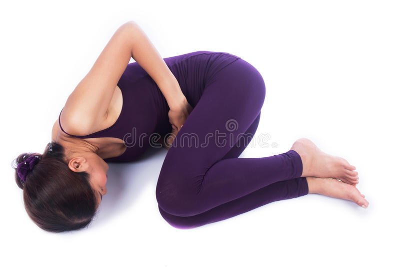 Mal de ventre de jeunes femmes image stock