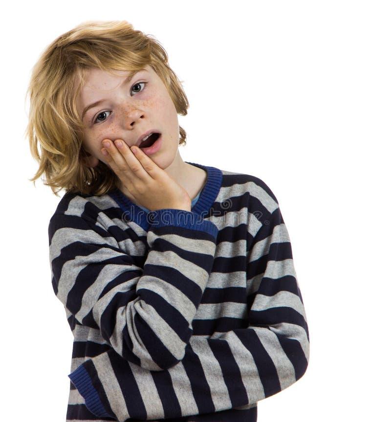 mal di denti del bambino del ragazzo immagini stock libere da diritti
