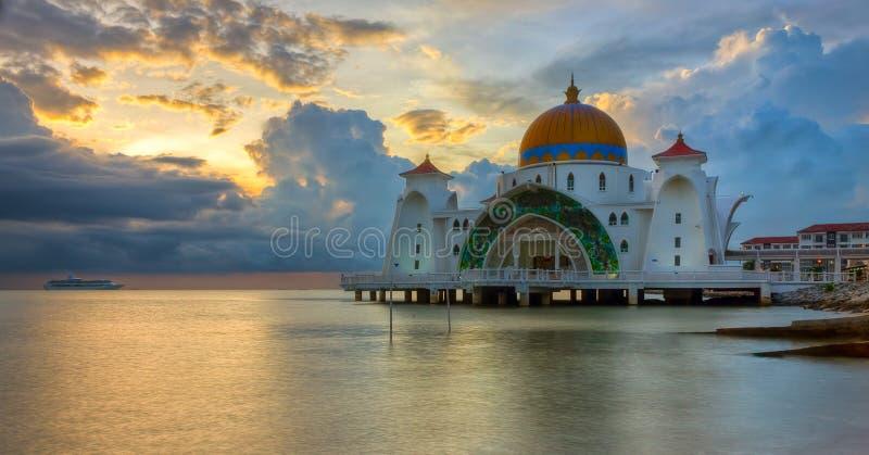 Malacca svårighetar moské, Malaysia fotografering för bildbyråer