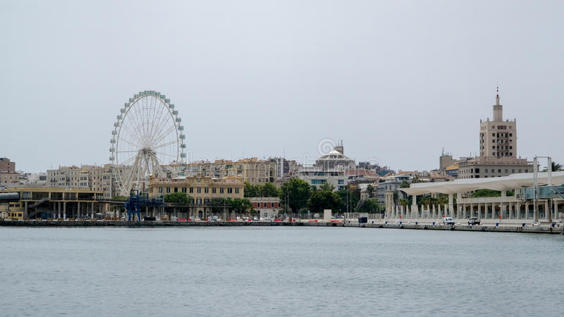 MALAGA, ANDALUCIA/SPAIN - JULY 5 : View across the Harbour to th. E Ferris Wheel in Malaga Costa del Sol Spain on July 5, 2017 royalty free stock photos