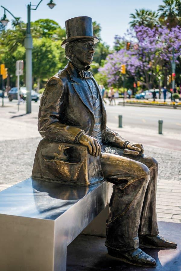 MALAGA, ANDALUCIA/SPAIN - 25 MEI: Standbeeld van Deense Schrijver Hans royalty-vrije stock foto