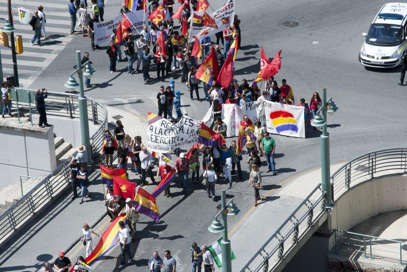 Malaga (Hiszpania), 14 2013 Kwiecień: Demonstracje przeciw monarchii w II republiki rocznicie fotografia royalty free