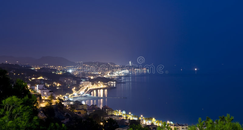 malaga nightview στοκ εικόνα