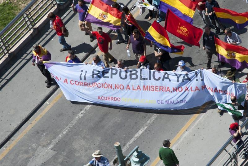 Malaga (Spanje), 14 April 2013: Demonstraties tegen Monarchie in de II Verjaardag van de Republiek royalty-vrije stock afbeeldingen
