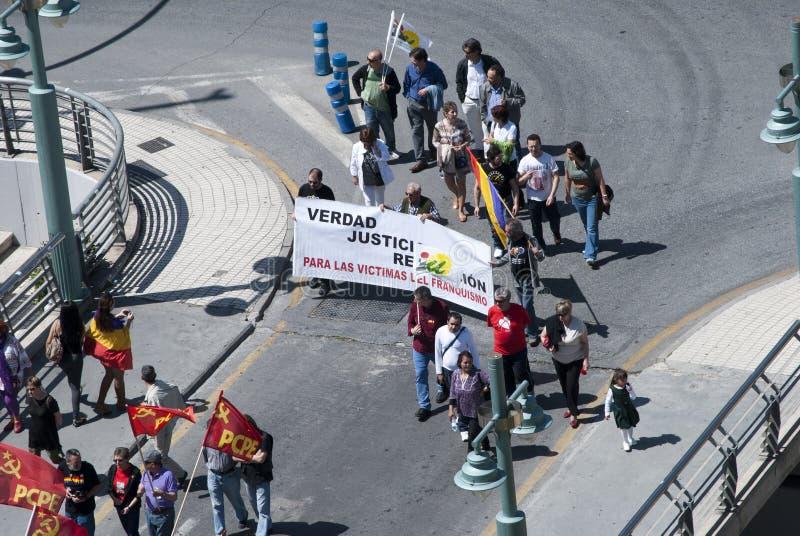 Malaga (Spanje), 14 April 2013: Demonstraties tegen Monarchie in de II Verjaardag van de Republiek royalty-vrije stock foto