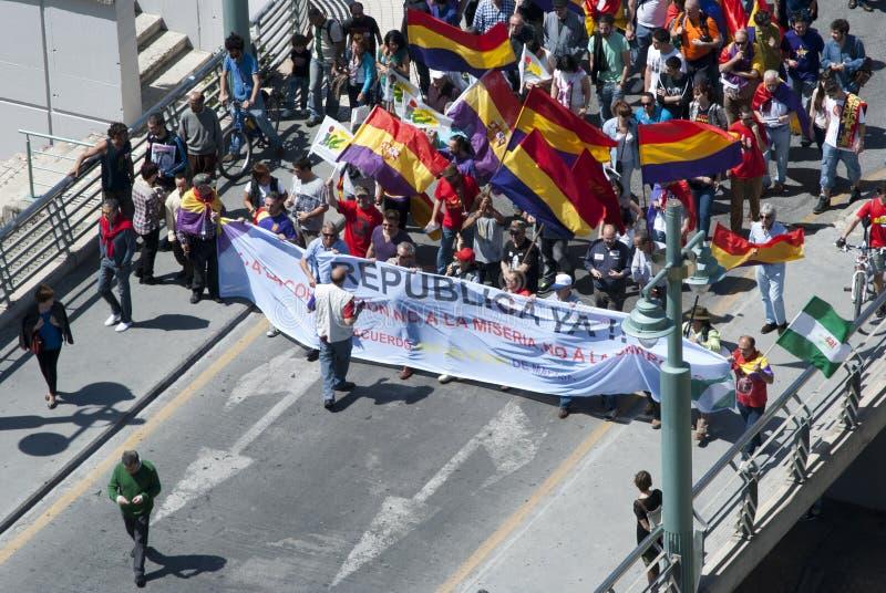 Malaga (Spanje), 14 April 2013: Demonstraties tegen Monarchie in de II Verjaardag van de Republiek stock foto's