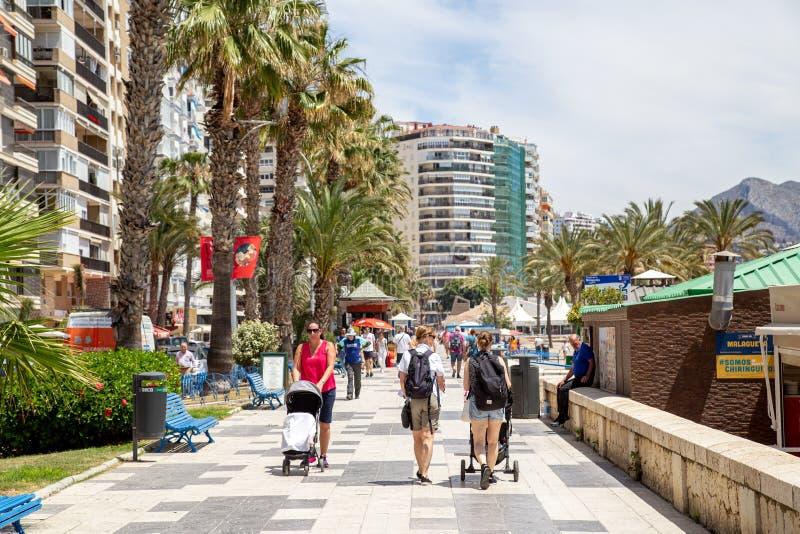 Malagueta海滩散步在马拉加,西班牙 免版税图库摄影