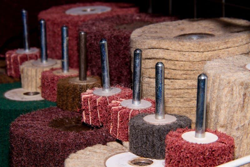 Malande hjul för tillverkning i tung bransch arkivfoto
