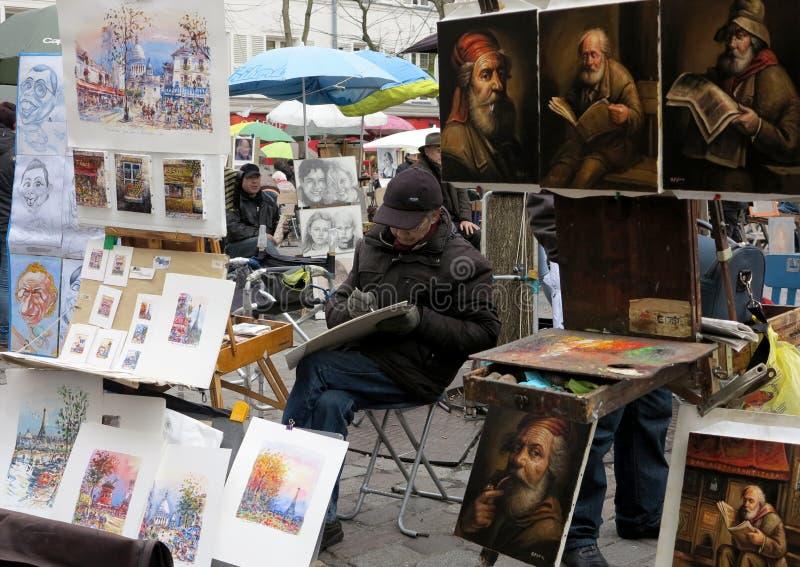 Malarzi na miejscu Du Tertre w Paryż obrazy stock