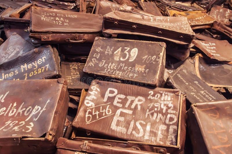 Malas de viagem de vítimas de Auschwitz imagem de stock royalty free