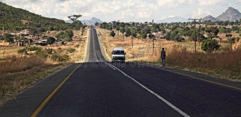 Malawi väg royaltyfria bilder