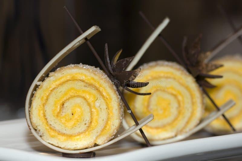 Malaysia Kuala Lumpur: Culinário; bolo do rolo imagem de stock