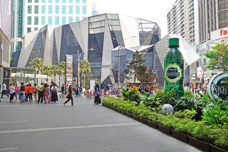 Malaysia, Kuala Lumpur - October 16, 2018: Pavilion crystal fountain at the Bukit Bintang entrance of Pavilion shopping mall stock photography