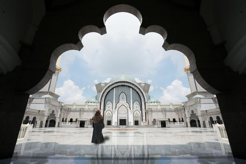 Malaysia-Moschee mit Moslems beten in Malaysia, weibliches malaysisches m stockfoto