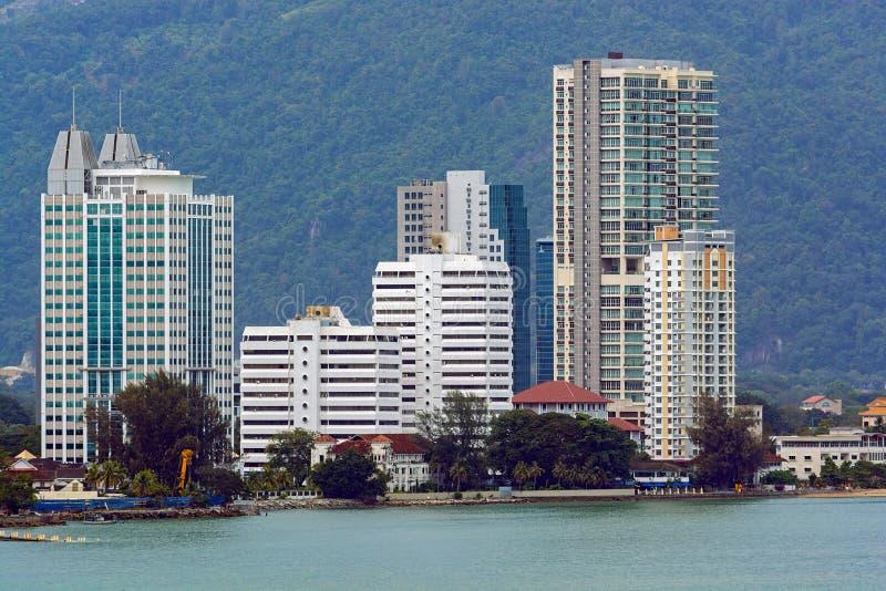 Malaysia, Penang, Pulau Pinang, Georgetown, stadshorisont och kust fotografering för bildbyråer