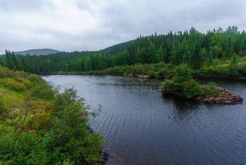 Malbaie rzeka w Quebec, zdjęcia stock